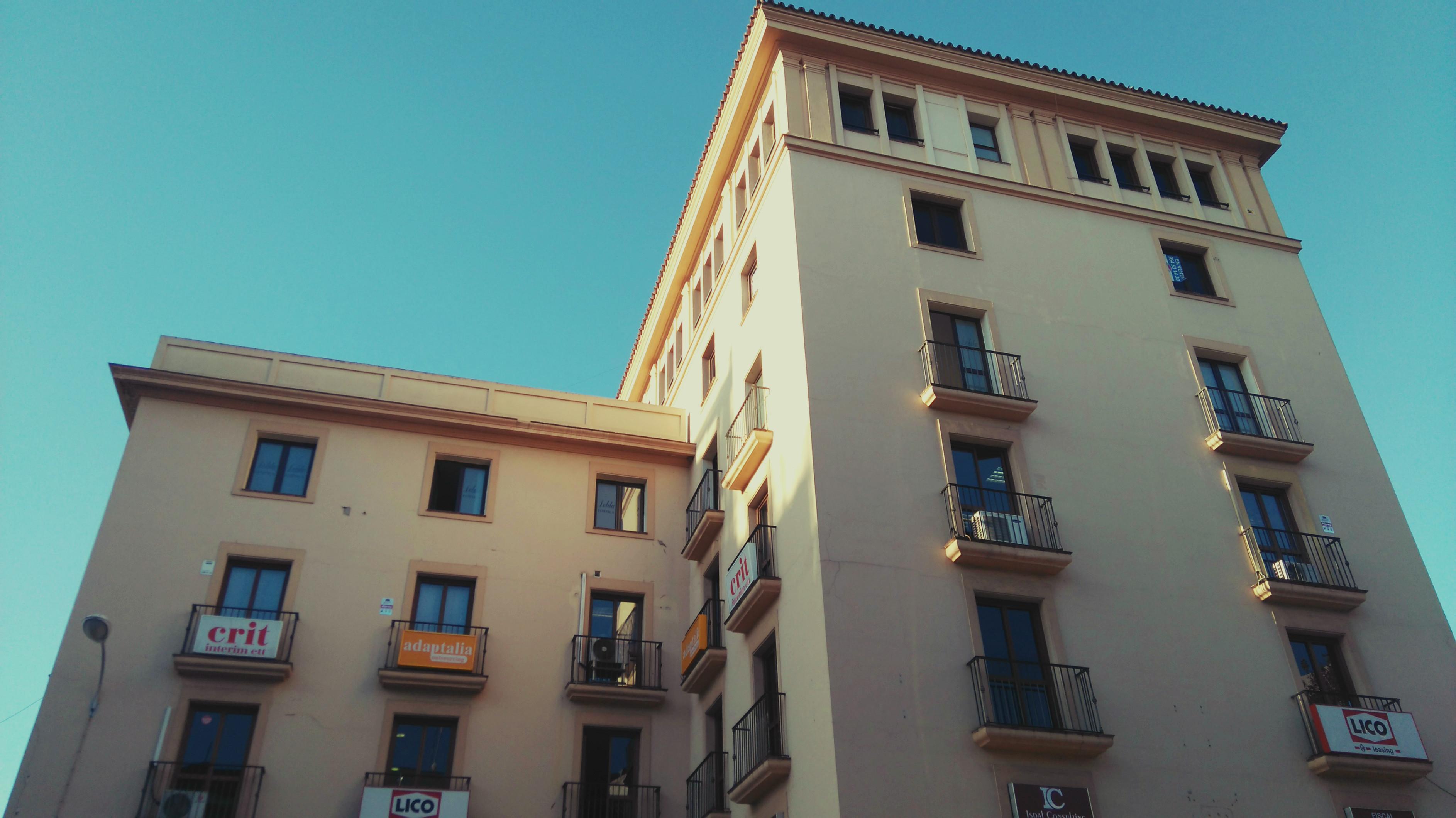Arquitecto_Reyes_Catolicos_Sevilla_2